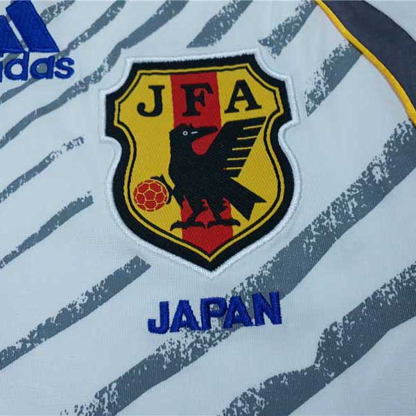 camiseta segunda japon retro 2006